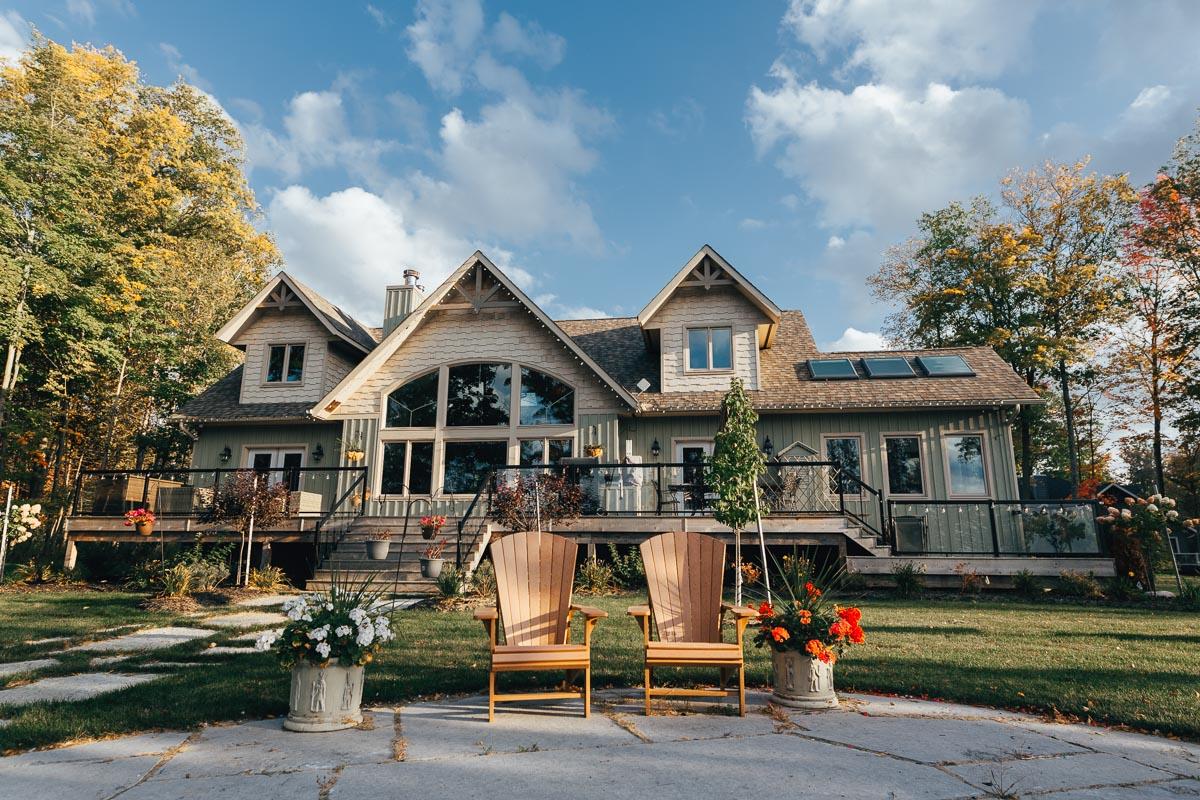 custom cottage in the muskokas