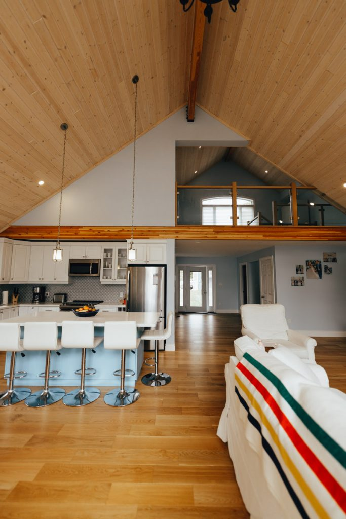 loft with vaulted ceiling